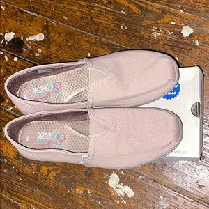 Women's bobs sketchers slip on shoes size10